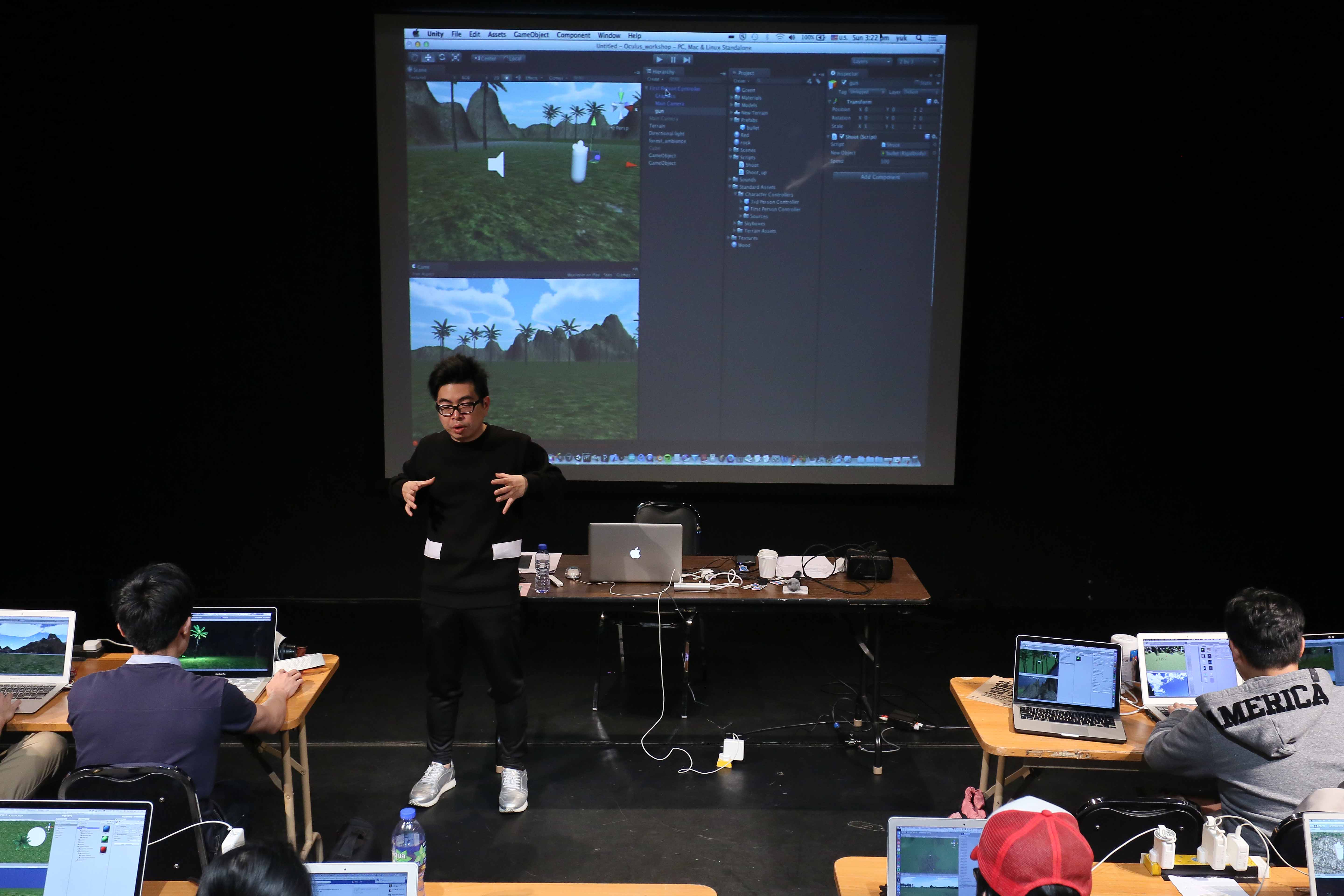 Ip Yuk-yiu introduced Unity, a freeware for creating 2D/3D games and interactive experiences.