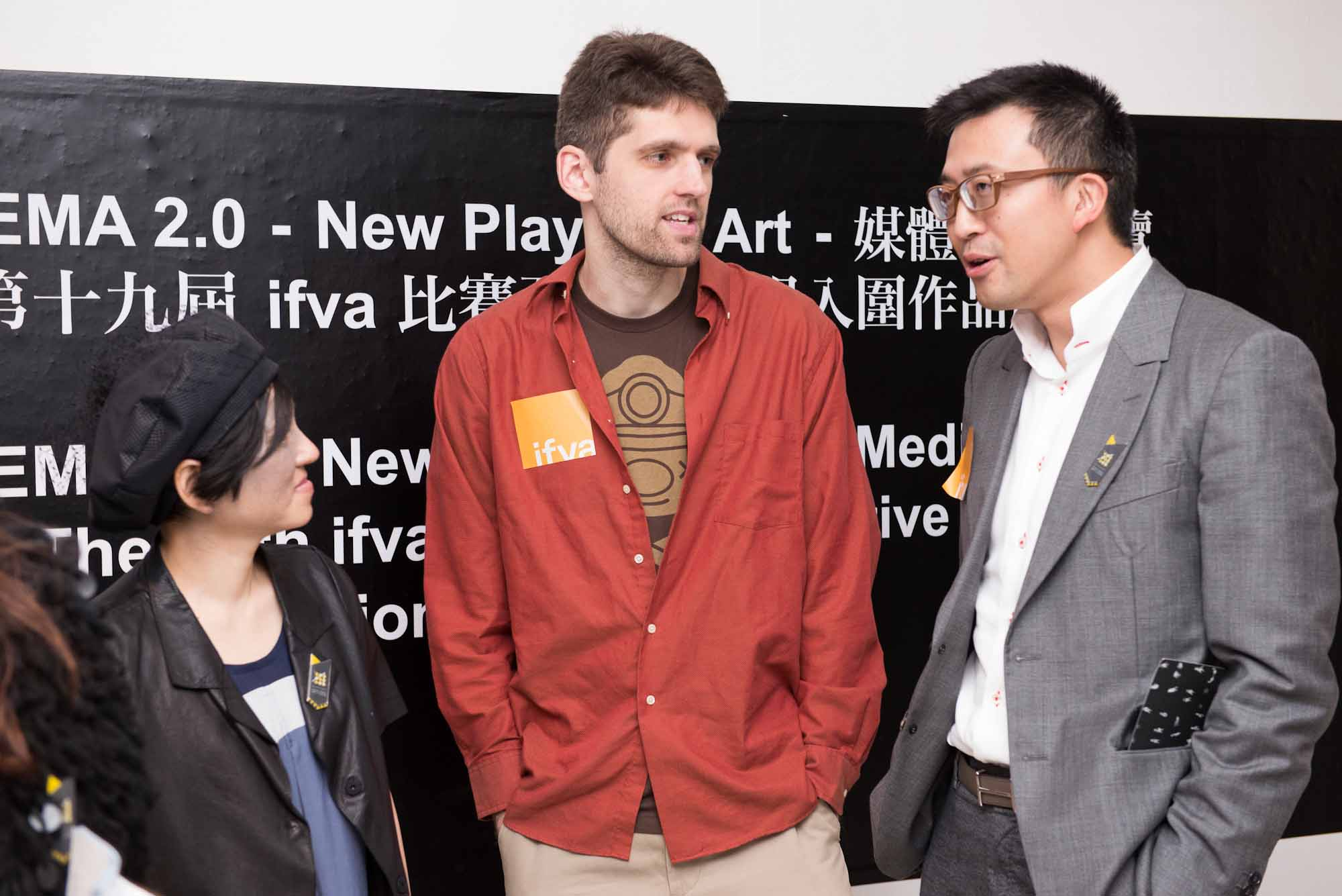 Douglas Wilson interacted with Bryant Lu, Board of Governors of Hong Kong Arts Centre, and Connie Lam , Executive Director of Hong Kong Arts Centre