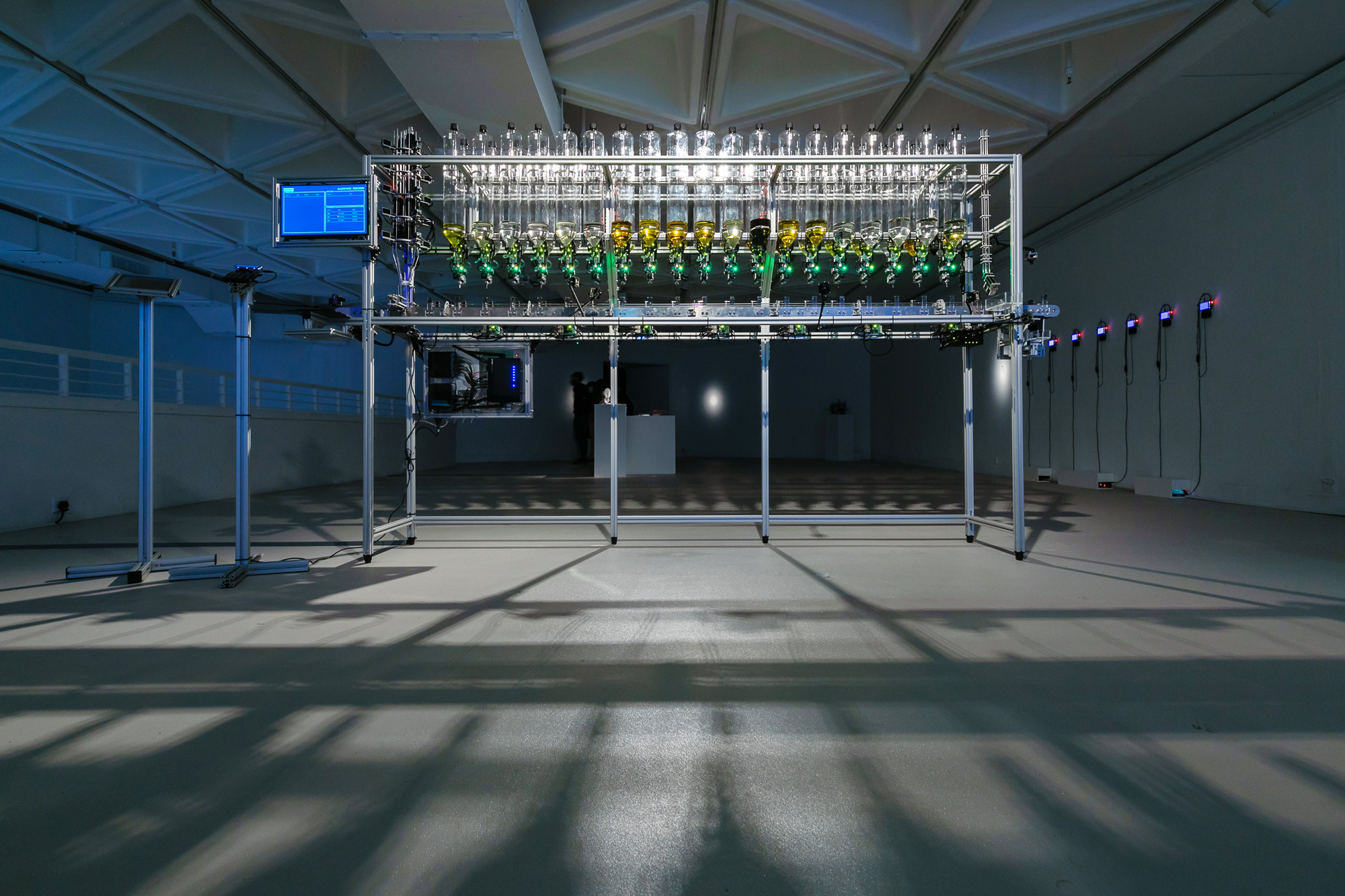 Algorithmic Perfumery by Frederik Duerinck (Netherlands)